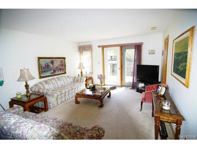 Photo 2: 6645 Roblin Boulevard in WINNIPEG: Charleswood Condominium for sale (South Winnipeg)  : MLS(r) # 1413051
