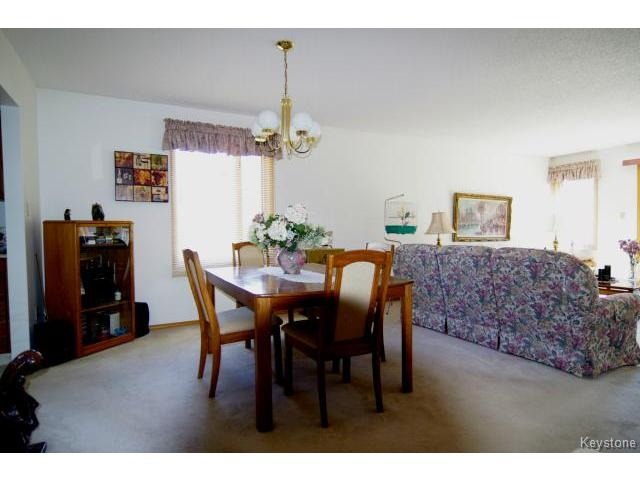 Photo 6: 6645 Roblin Boulevard in WINNIPEG: Charleswood Condominium for sale (South Winnipeg)  : MLS(r) # 1413051