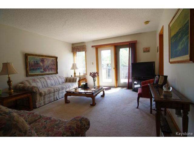 Photo 7: 6645 Roblin Boulevard in WINNIPEG: Charleswood Condominium for sale (South Winnipeg)  : MLS(r) # 1413051