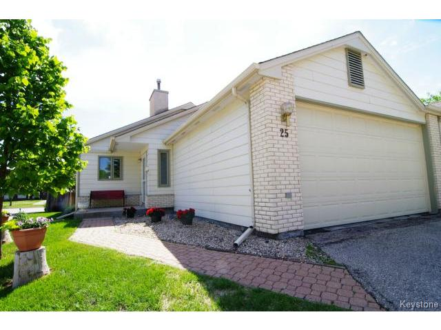 Main Photo: 6645 Roblin Boulevard in WINNIPEG: Charleswood Condominium for sale (South Winnipeg)  : MLS®# 1413051