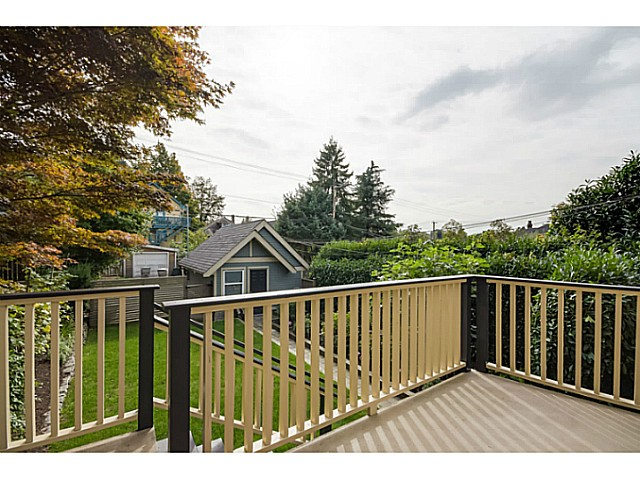 "Photo 20: 1536 E 13TH Avenue in Vancouver: Grandview VE House for sale in ""COMMERCIAL DRIVE"" (Vancouver East)  : MLS(r) # V1088551"