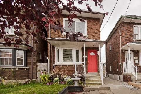 Main Photo: 492 Caledonia Road in Toronto: Caledonia-Fairbank House (2-Storey) for lease (Toronto W03)  : MLS® # W3071366