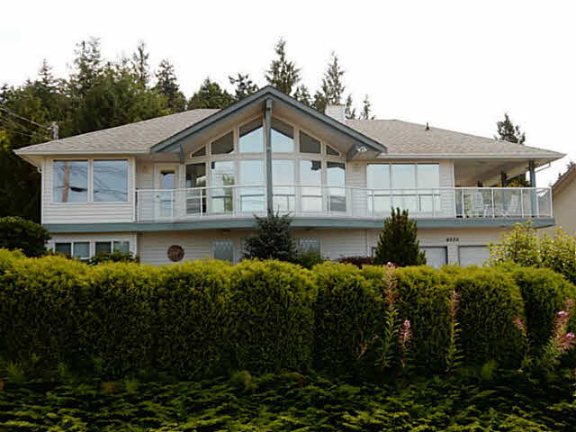 Main Photo: 4936 ARBUTUS Road in Sechelt: Sechelt District House for sale (Sunshine Coast)  : MLS® # V1136165