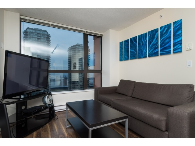 "Photo 4: 1206 813 AGNES Street in New Westminster: Downtown NW Condo for sale in ""NEWS"" : MLS(r) # R2022858"