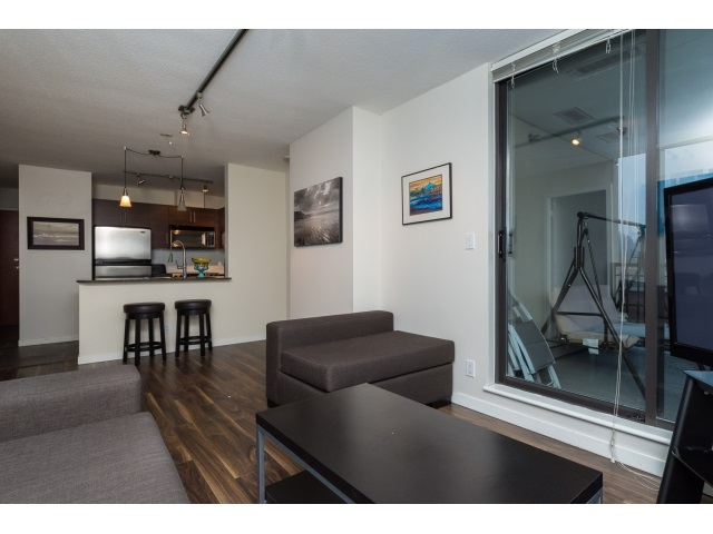 "Photo 5: 1206 813 AGNES Street in New Westminster: Downtown NW Condo for sale in ""NEWS"" : MLS(r) # R2022858"