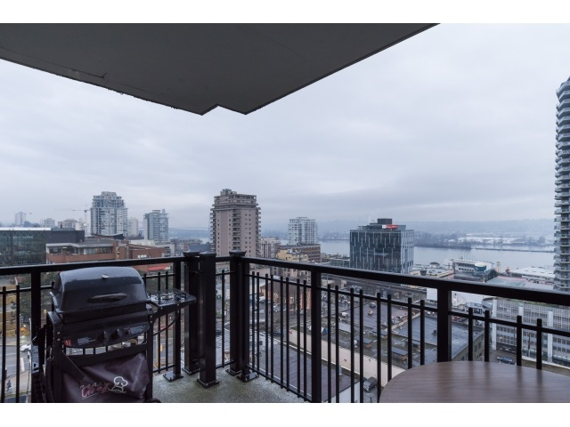 "Photo 17: 1206 813 AGNES Street in New Westminster: Downtown NW Condo for sale in ""NEWS"" : MLS(r) # R2022858"