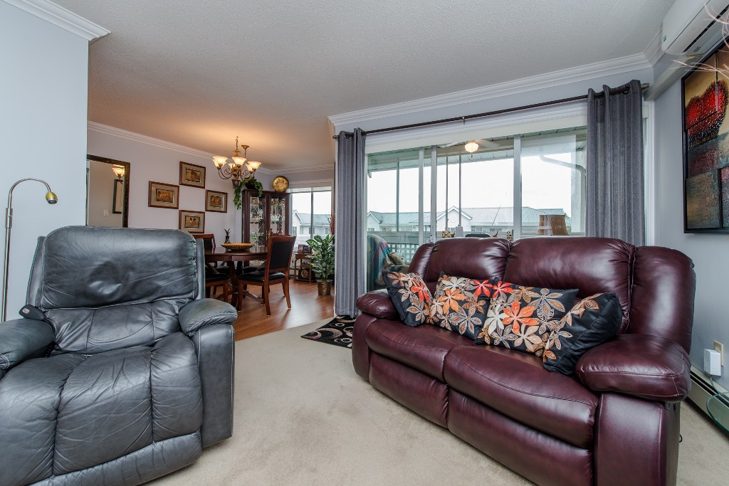 "Photo 8: 316 32833 LANDEAU Place in Abbotsford: Central Abbotsford Condo for sale in ""Park Place"" : MLS® # R2087565"