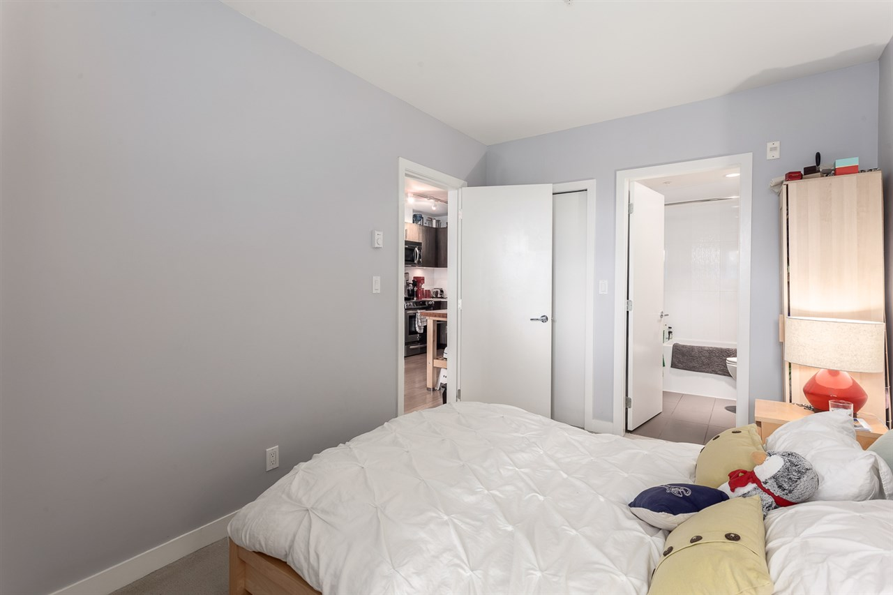 "Photo 8: 208 215 E 33RD Avenue in Vancouver: Main Condo for sale in ""33RD & MAIN"" (Vancouver East)  : MLS® # R2096716"