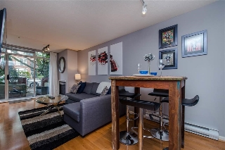 "Main Photo: 103 2268 W 12TH Avenue in Vancouver: Kitsilano Condo for sale in ""The Connaught"" (Vancouver West)  : MLS(r) # R2134816"