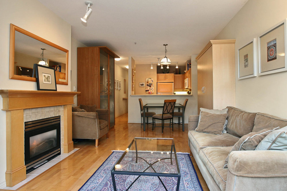 Photo 5: 111 2929 West 4th Avenue in The Madison: Home for sale : MLS(r) # V32947