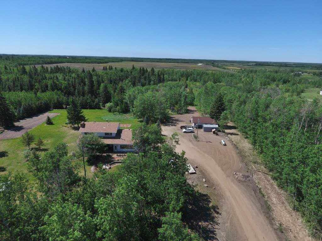Photo 3: 57130 Rg Rd 230: Rural Sturgeon County House for sale : MLS(r) # E4064722