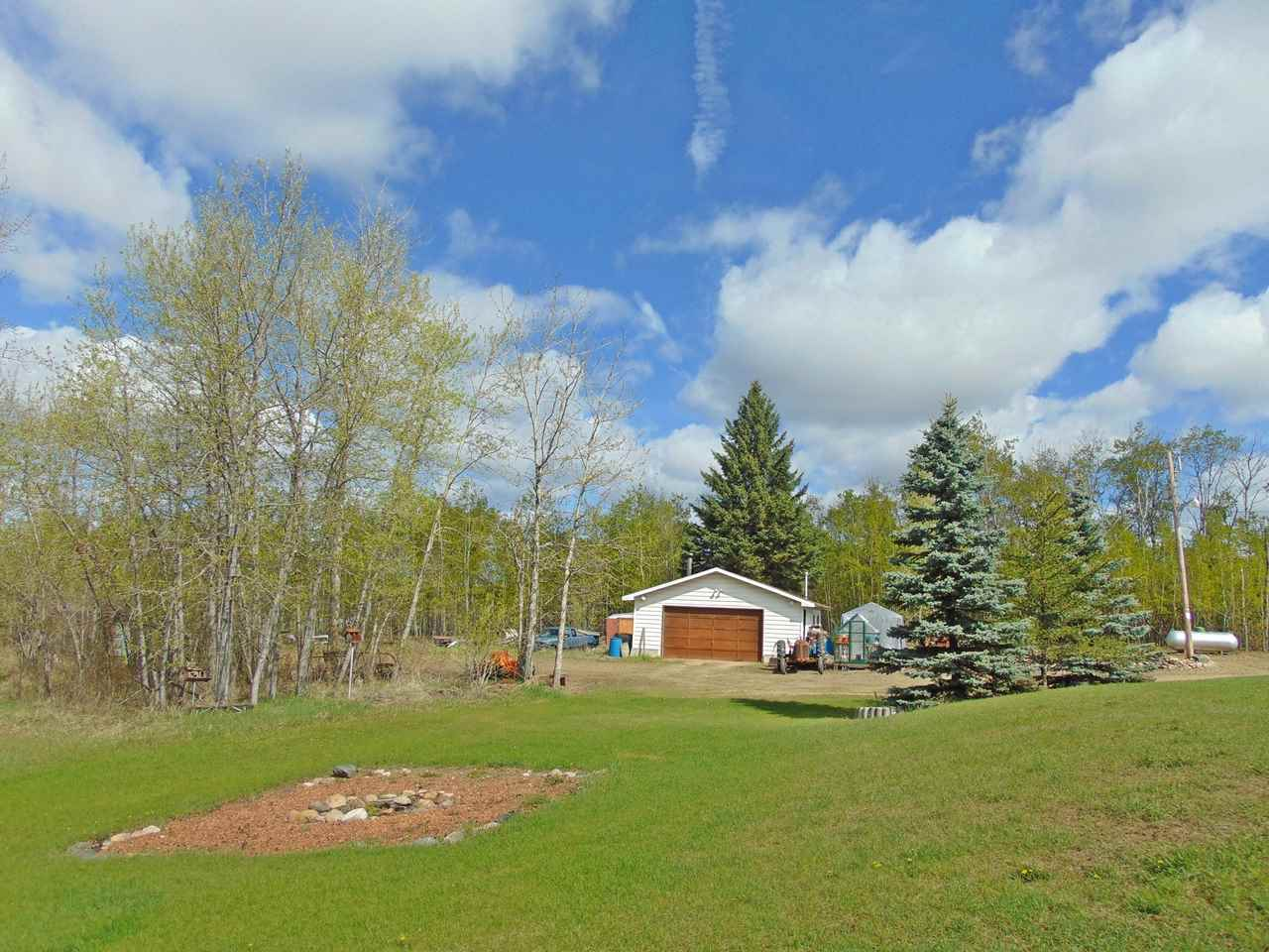 Photo 5: 57130 Rg Rd 230: Rural Sturgeon County House for sale : MLS(r) # E4064722