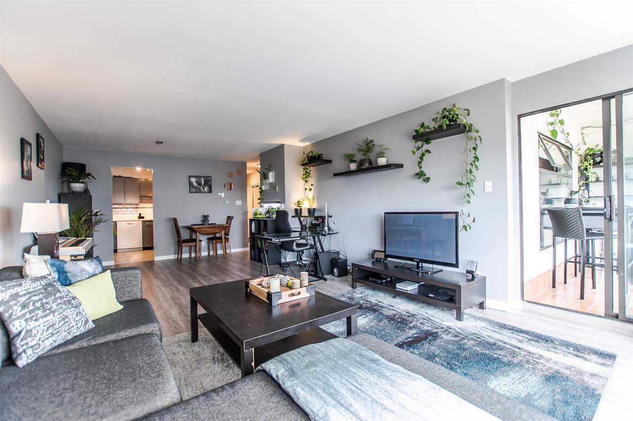 Photo 4: 906 615 BELMONT Street in New Westminster: Uptown NW Condo for sale : MLS® # R2168866