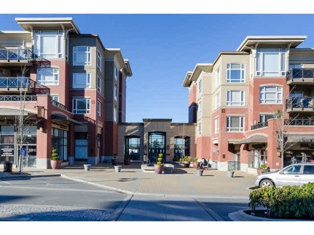 "Main Photo: 303 2970 KING GEORGE Boulevard in Surrey: King George Corridor Condo for sale in ""WaterMark"" (South Surrey White Rock)  : MLS(r) # R2168704"
