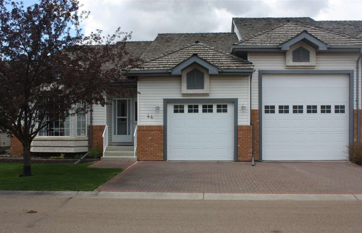 Main Photo: 44 10 Blackburn Drive W Drive SW in Edmonton: Zone 55 Townhouse for sale : MLS(r) # E4065525