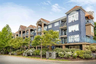 "Main Photo: 104 3065 PRIMROSE Lane in Coquitlam: North Coquitlam Condo for sale in ""Lakeside Terrace"" : MLS(r) # R2169506"
