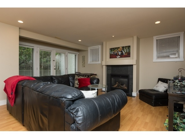 Photo 15: 12488 24A AVENUE in South Surrey White Rock: Home for sale : MLS® # R2057071