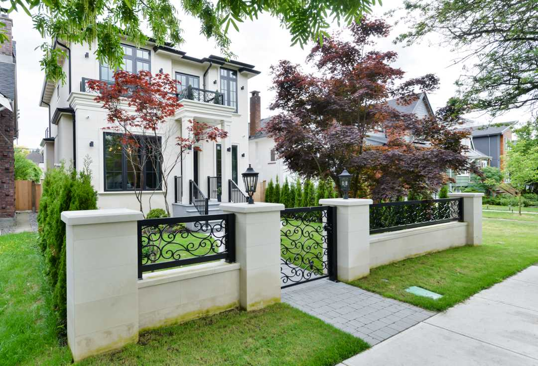 Main Photo: 440 W 23RD Avenue in Vancouver: Cambie House for sale (Vancouver West)  : MLS® # R2179154