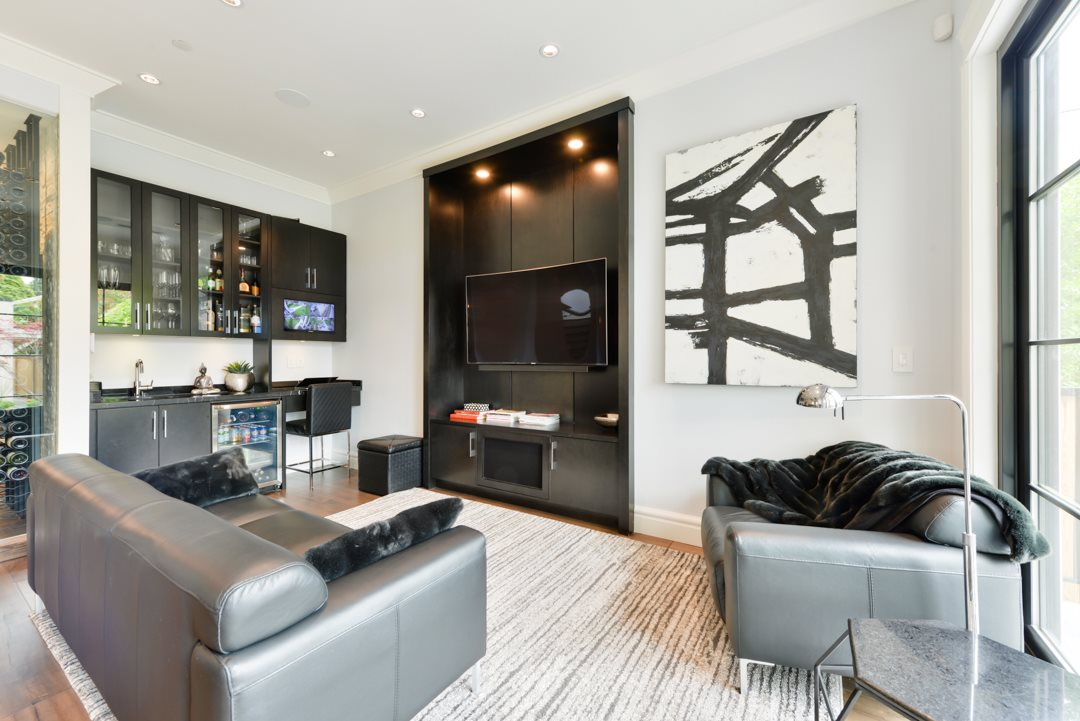 Photo 3: 440 W 23RD Avenue in Vancouver: Cambie House for sale (Vancouver West)  : MLS(r) # R2179154