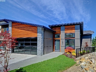 Main Photo: 2035 Rivers Crossing in VICTORIA: Hi Bear Mountain Single Family Detached for sale (Highlands)  : MLS(r) # 380030
