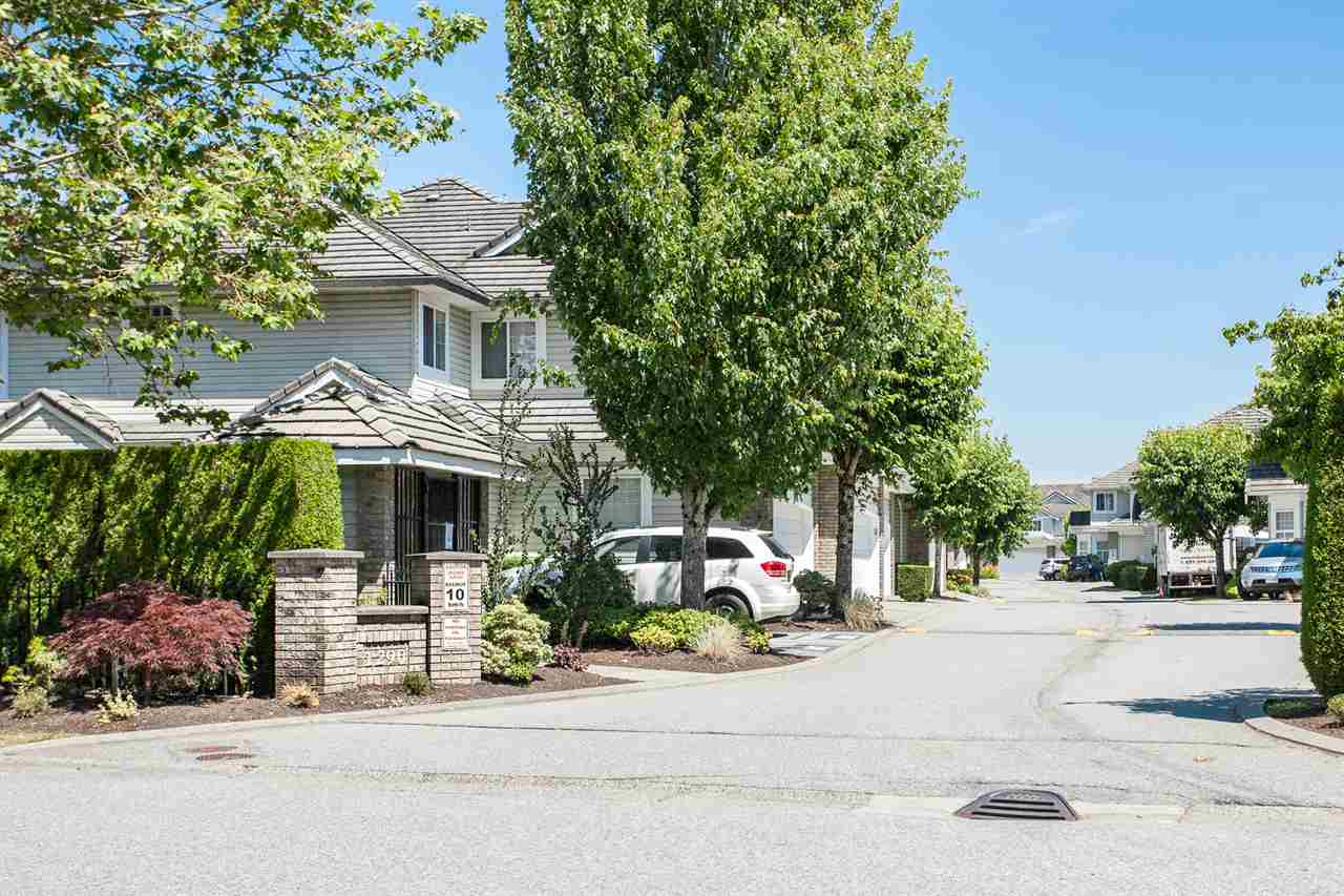 "Main Photo: 49 1290 AMAZON Drive in Port Coquitlam: Riverwood Townhouse for sale in ""CALLAWAY GREEN"" : MLS® # R2185729"