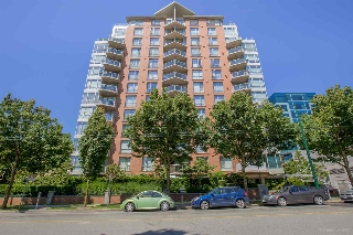 "Main Photo: 204 1575 W 10TH Avenue in Vancouver: Fairview VW Condo for sale in ""THE TRITON"" (Vancouver West)  : MLS® # R2186206"