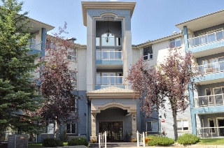 Main Photo: 407 70 CRYSTAL Lane: Sherwood Park Condo for sale : MLS® # E4073616