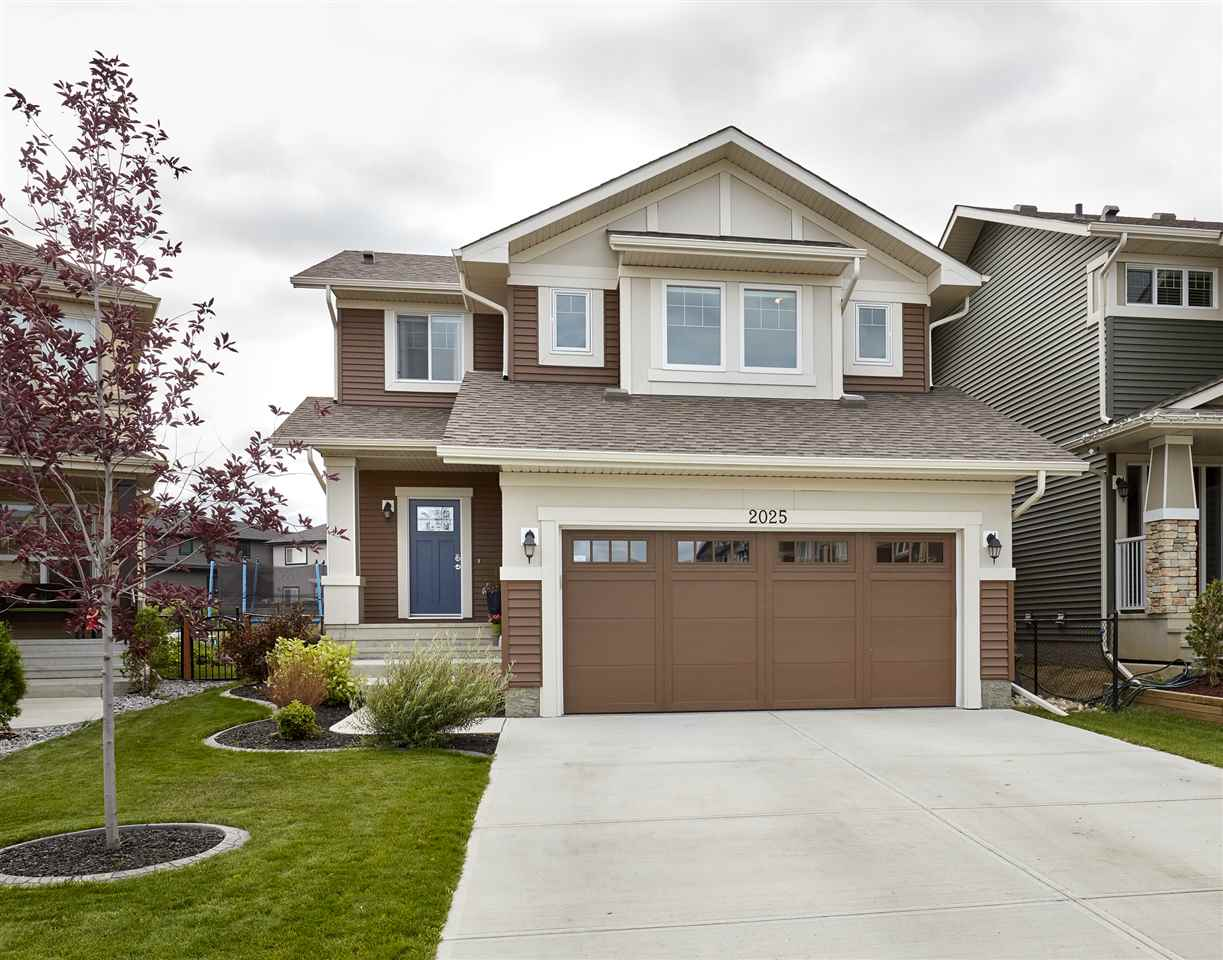 Main Photo: 2025 CHALMERS Way in Edmonton: Zone 55 House for sale : MLS(r) # E4073649