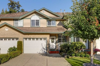 "Main Photo: 35 11358 COTTONWOOD Drive in Maple Ridge: Cottonwood MR Townhouse for sale in ""CARRIAGE LANE"" : MLS® # R2205542"