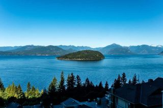 Main Photo: 8671 SEASCAPE Drive in West Vancouver: Howe Sound House 1/2 Duplex for sale : MLS® # R2229802