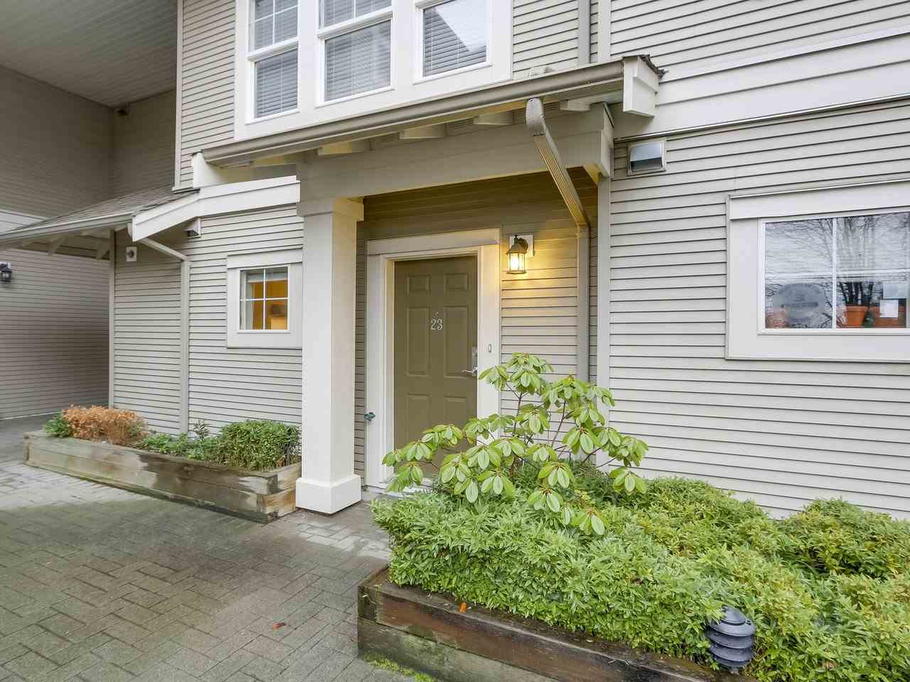 "Main Photo: 23 7179 18TH Avenue in Burnaby: Edmonds BE Townhouse for sale in ""Canford Corner"" (Burnaby East)  : MLS®# R2232002"