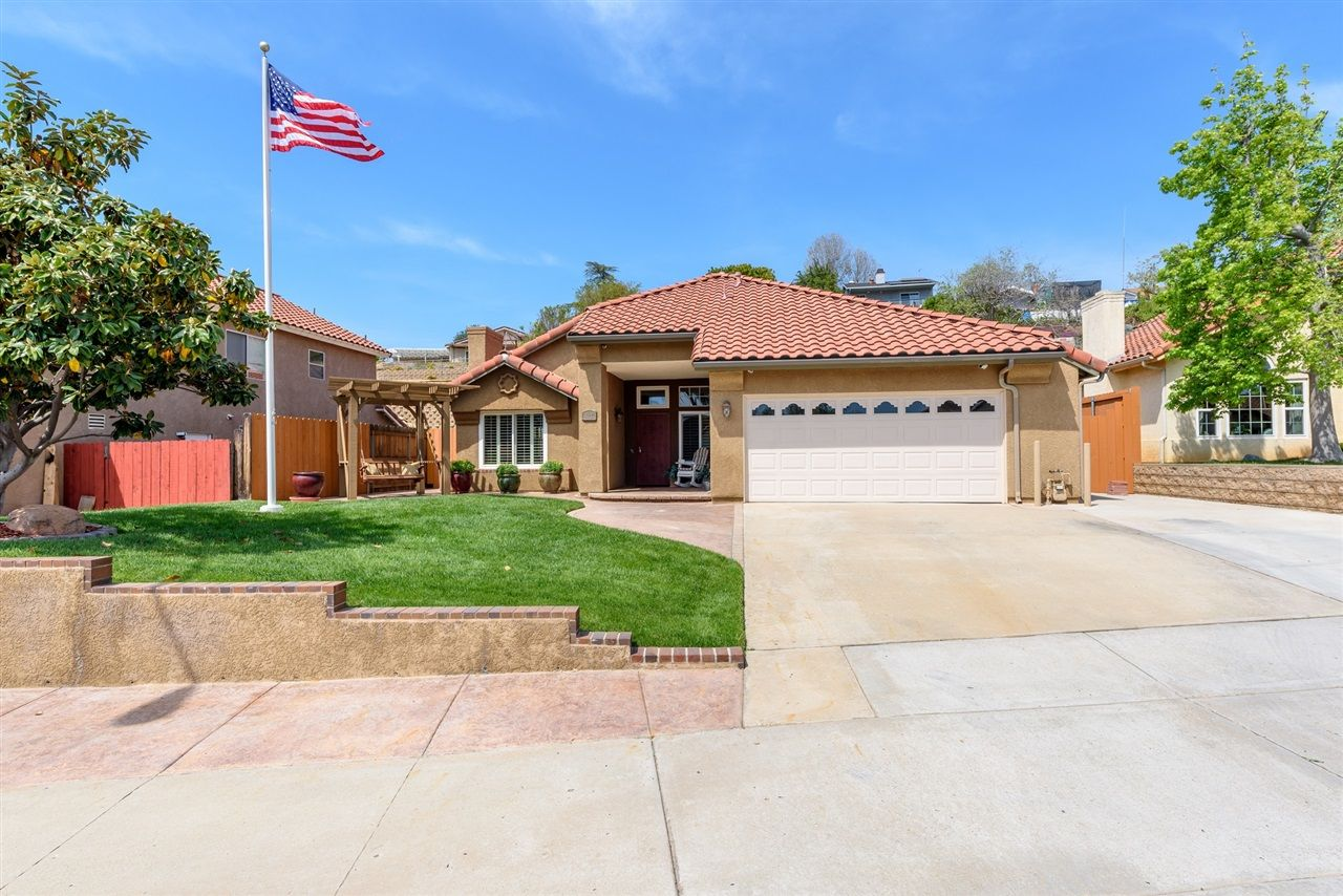 Main Photo: EL CAJON House for sale : 4 bedrooms : 1580 ZEPHYR AVE