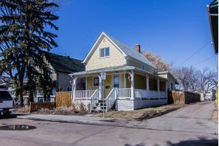 Main Photo: 9220 110 Avenue NW in Edmonton: Zone 13 House for sale : MLS®# E4106831