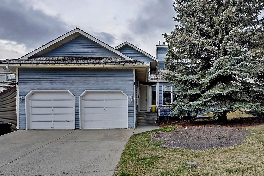 Main Photo: 8 STRADBROOKE Way SW in Calgary: Strathcona Park House for sale : MLS®# C4181844