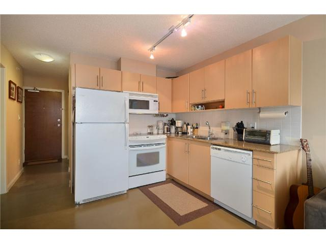 "Photo 3: 603 550 TAYLOR Street in Vancouver: Downtown VW Condo for sale in ""THE TAYLOR"" (Vancouver West)  : MLS(r) # V922562"