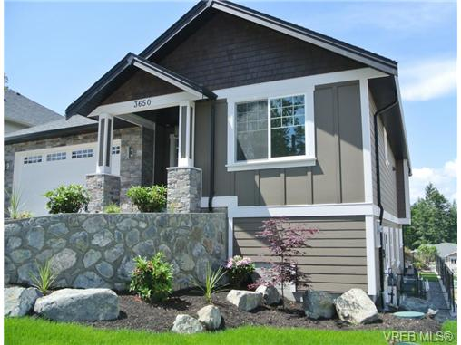 Main Photo: 3650 Coleman Place in VICTORIA: Co Latoria Single Family Detached for sale (Colwood)  : MLS® # 329302