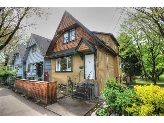 "Main Photo: 2153 VICTORIA Drive in Vancouver: Grandview VE House for sale in ""COMMERCIAL DRIVE"" (Vancouver East)  : MLS®# V1060841"