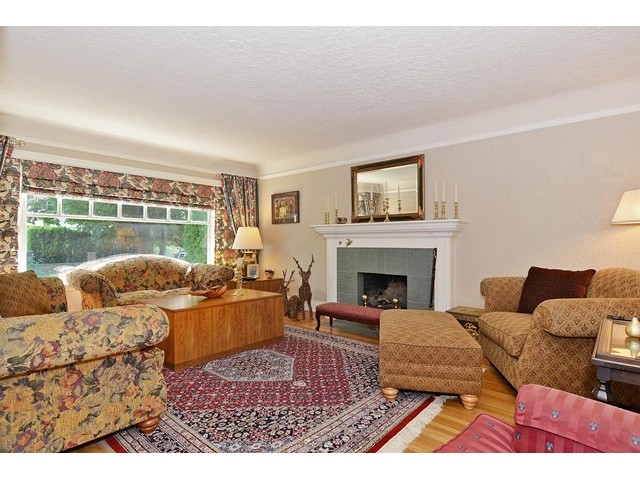 Photo 2: 2901 W 35TH Avenue in Vancouver: MacKenzie Heights House for sale (Vancouver West)  : MLS® # V1124780