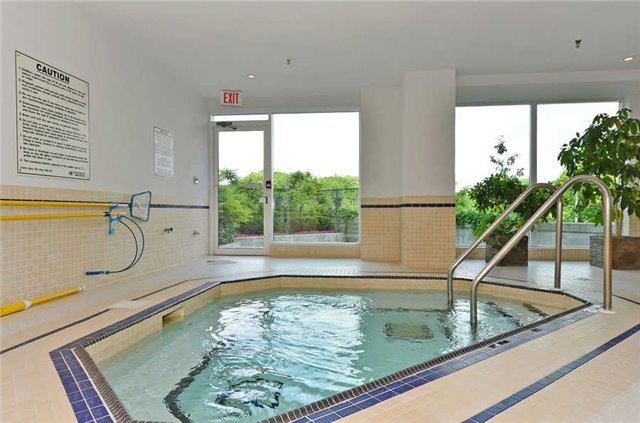 Photo 13: 1208 300 E Bloor Street in Toronto: Rosedale-Moore Park Condo for sale (Toronto C09)  : MLS(r) # C3474558
