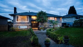 Main Photo: 6674 CHARLES Street in Burnaby: Sperling-Duthie House for sale (Burnaby North)  : MLS(r) # R2139877