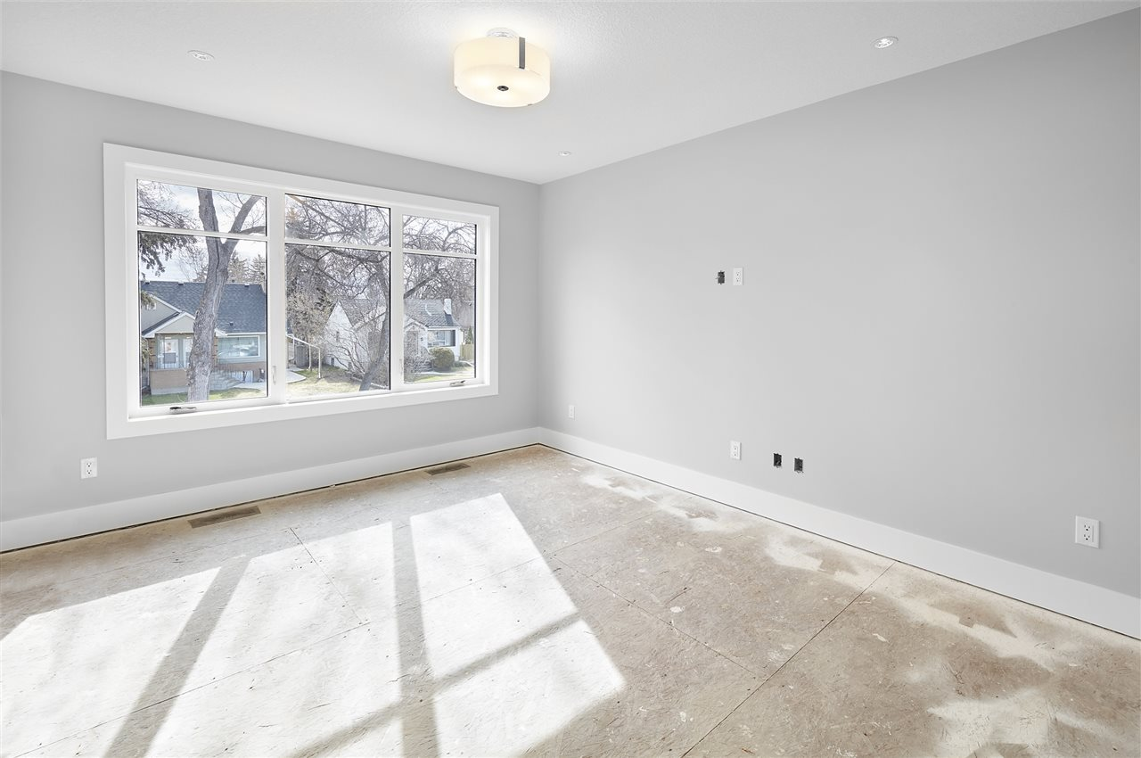 Photo 7: 11326 125 Street in Edmonton: Zone 07 House for sale : MLS(r) # E4062876