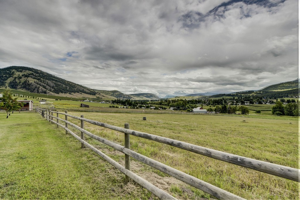 Photo 38: 6874 Buchanan Road in Coldstream: Mun of Coldstream House for sale (North Okanagan)
