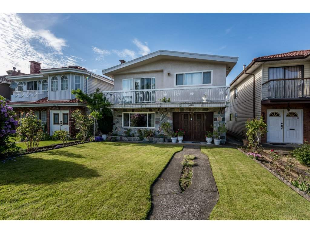 Main Photo: 2951 GRAVELEY Street in Vancouver: Renfrew VE House for sale (Vancouver East)  : MLS®# R2174134