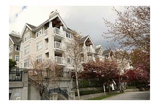 "Main Photo: 306 1428 PARKWAY Boulevard in Coquitlam: Westwood Plateau Condo for sale in ""WESTWOOD PLATEAU"" : MLS(r) # R2178067"