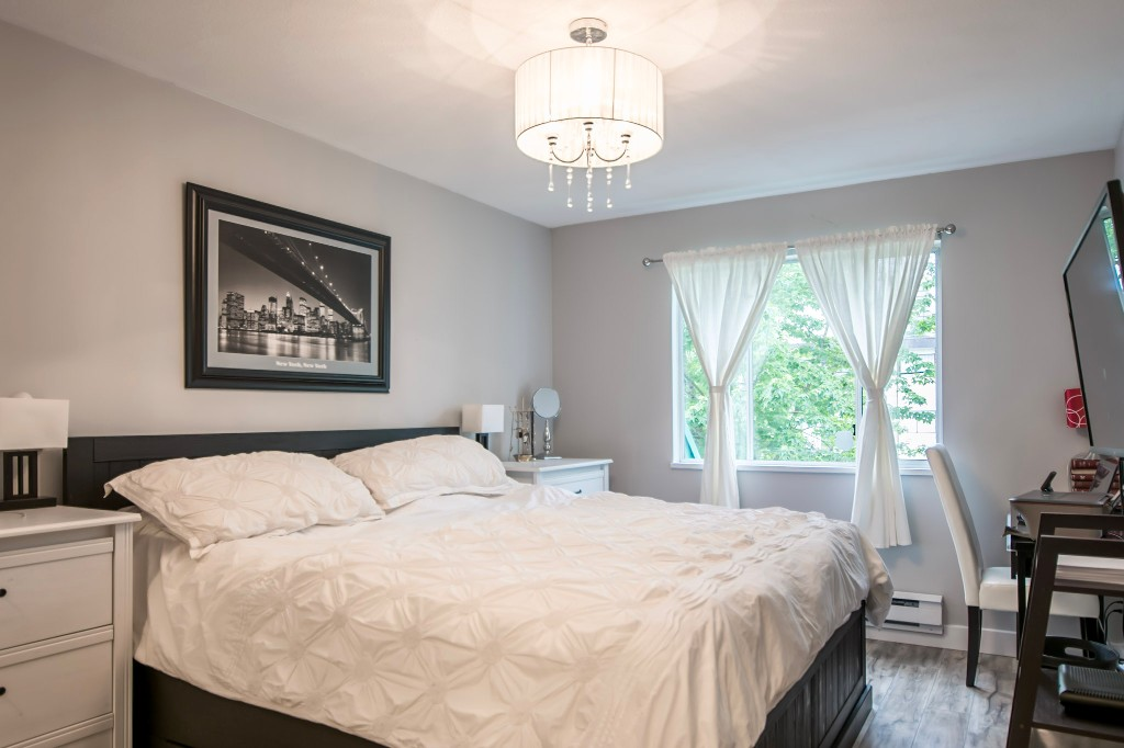 Photo 7: 201 558 ROCHESTER Avenue in Coquitlam: Coquitlam West Condo for sale : MLS® # R2179518