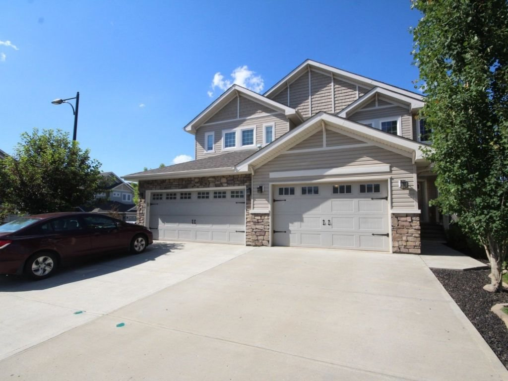 Main Photo: 4911 214 Street in Edmonton: Zone 58 House Half Duplex for sale : MLS(r) # E4070454