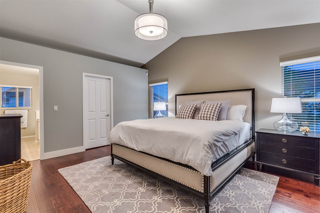 Enjoy your spacious master bedroom, with walk in closet, and large bathroom