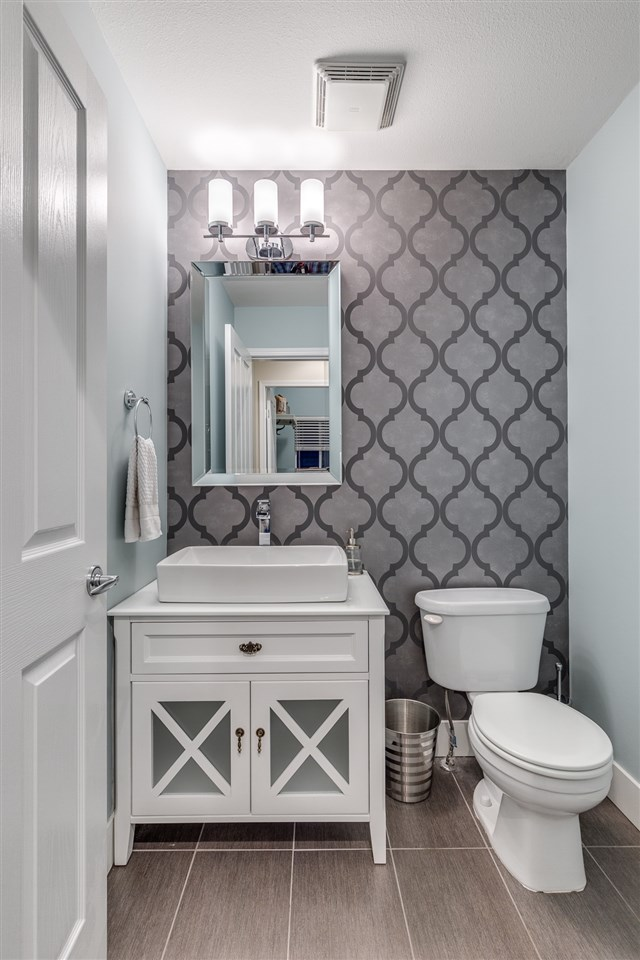 Powder room with impressive details