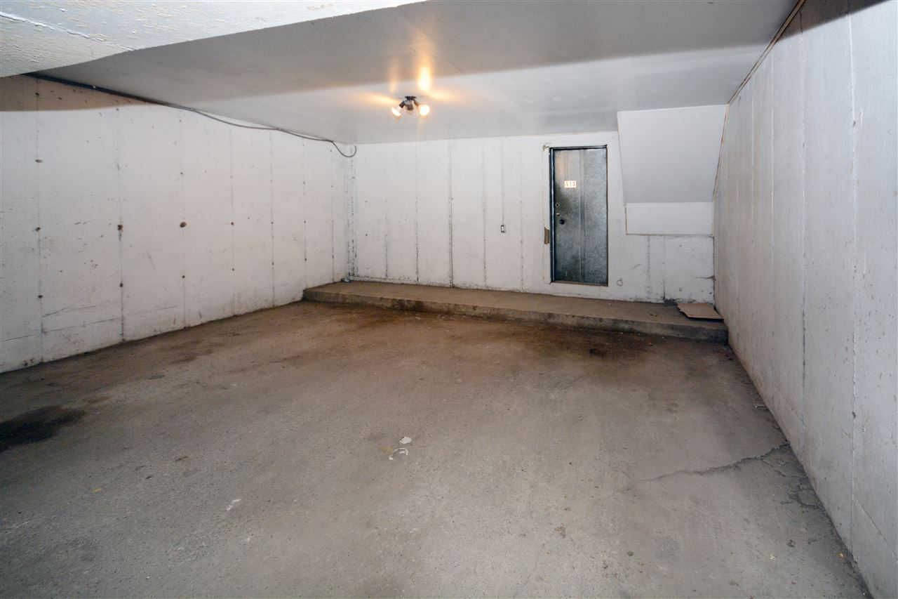Double under ground secured parking with direct access to unit through basement.