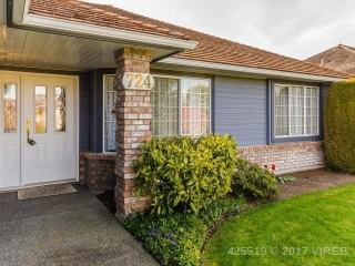 Main Photo: 724 COMPTON Court in QUALICUM BEACH: Z5 Qualicum Beach House for sale (Zone 5 - Parksville/Qualicum)  : MLS®# 425519